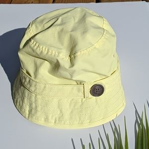 Eddie Bauer Light Yellow Bucket Hat